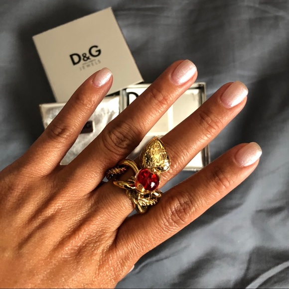 d230d3ae8771 D G dolce and gabbana ring size 7
